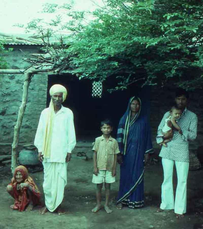 1977-indien-familj900pix