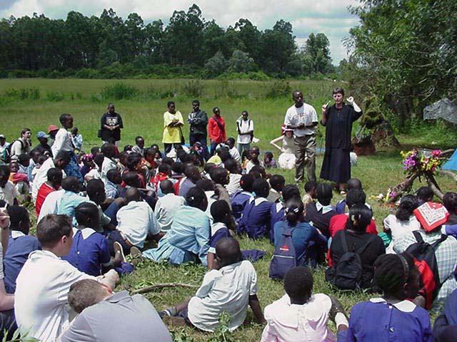 <h6>Första Studieresa till Kenya</h6>