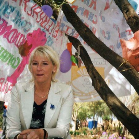 Afrika 2002-08 Soweto ChildrensMeetingPlaceMargot Wallström2