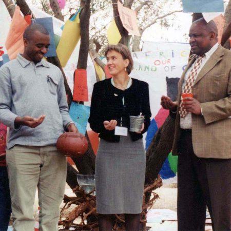 Afrika 2002-08 Soweto Lena Sommarstad Soweto med  Oben & Major Soweto