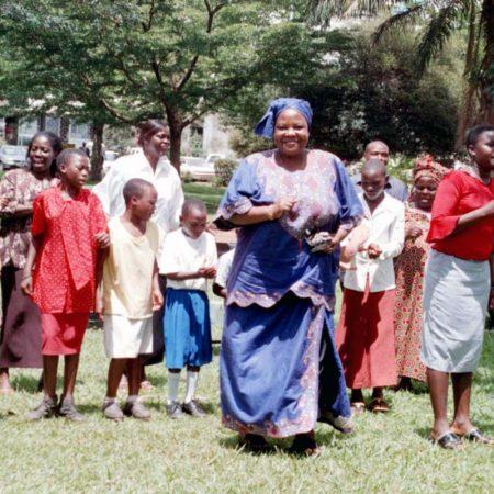 Afrika 2003-11 Kampala Inauguration Park HE Hög_06