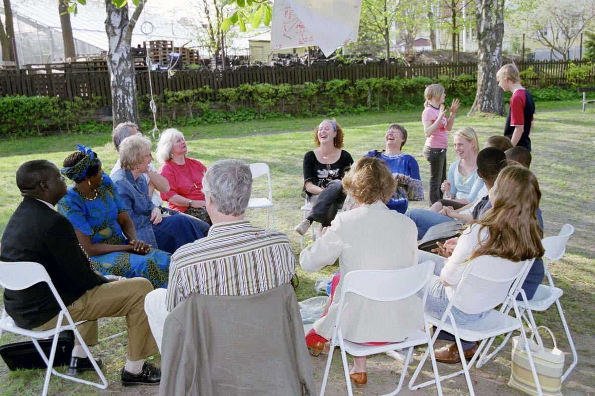 mötesplatser för äldre i strängnäs)