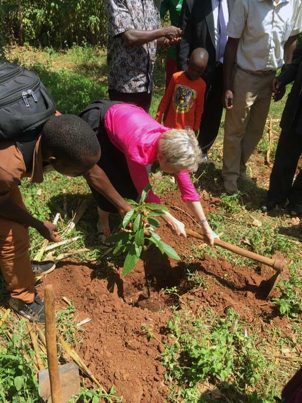 Barnens Mötesplats Kimilili Kenya 2014