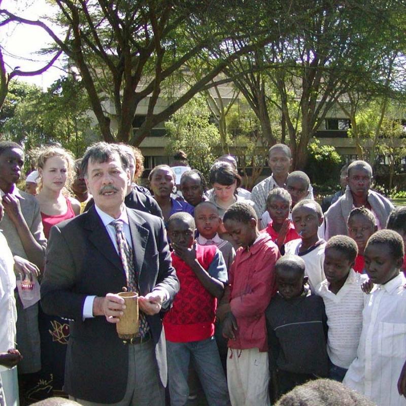 Afrika 2003-11 UN 65