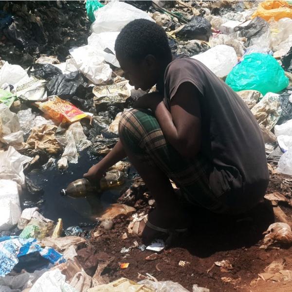 dumpsite_collecting_water_1024x768