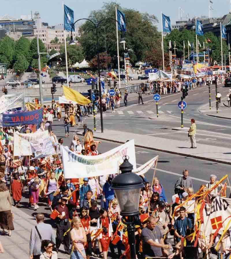 gt-2002-fm-paraden-900pix